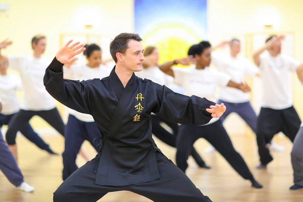 Tai Chi-Class-Teaching